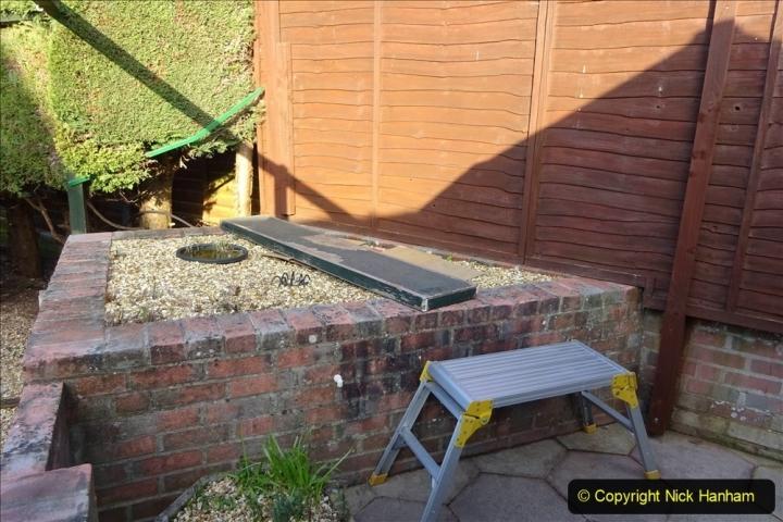 2021-03-06 New fencing for rear garden. Garden makeover. (68) 068