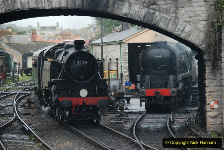 2019-10-11 Six Locomotives for the SR Autumn Steam Gala. (194) 194