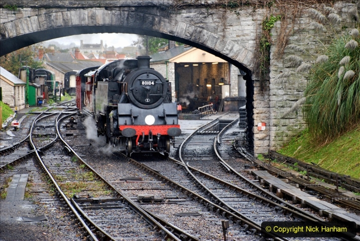 2019-10-11 Six Locomotives for the SR Autumn Steam Gala. (76) 076