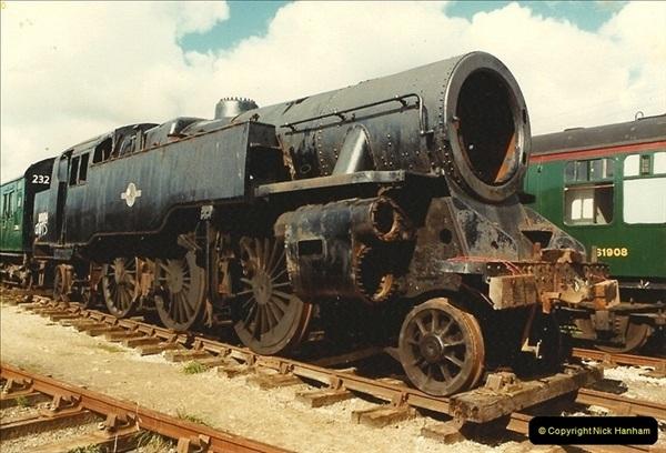 1984-10-10 80104 arrives @ Swanage.  (2)0241