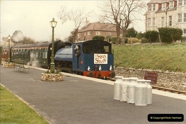 1984-12-16 Santa Specials with your Host firing.  (1)0258
