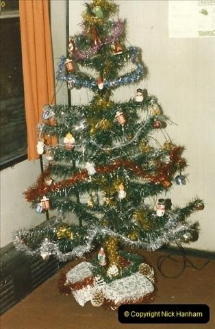 1985-12-01 Santa Specials your Host Driving.  (10)0345