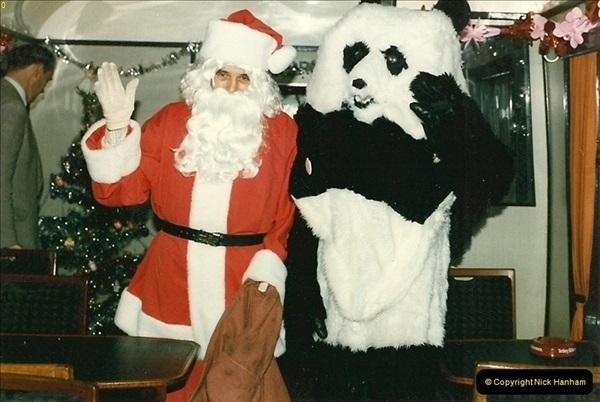 1985-12-01 Santa Specials your Host Driving.  (6)0341