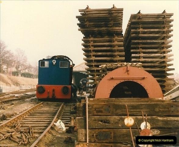 1986-03-12 35022 Holland America Line arrives at the SR.  (25)0373
