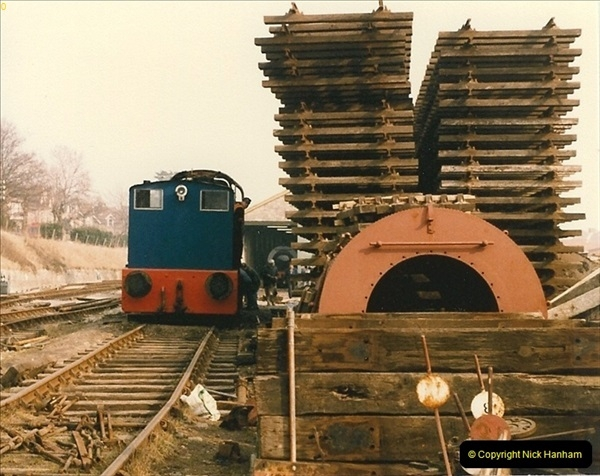 1986-03-12 35022 Holland America Line arrives at the SR.  (26)0374