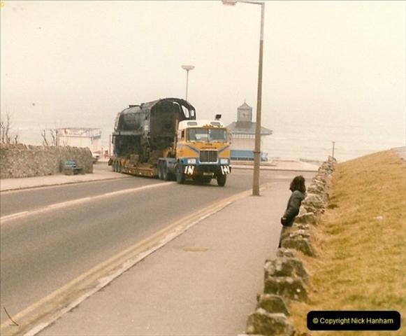 1986-03-12 35022 Holland America Line arrives at the SR.  (5)0353