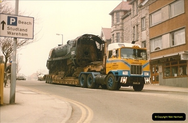 1986-03-12 35022 Holland America Line arrives at the SR.  (8)0356