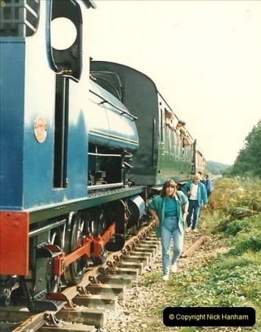 1987-09-30 Your Host driving a special film unitb train. This was the first passenger train to Quarr Farm Crossing.  (18)0526
