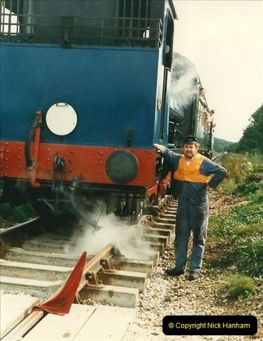 1987-09-30 Your Host driving a special film unitb train. This was the first passenger train to Quarr Farm Crossing.  (19)0527