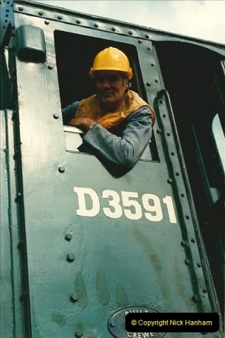 1987-09-30 Your Host driving a special film unitb train. This was the first passenger train to Quarr Farm Crossing.  (27)0535