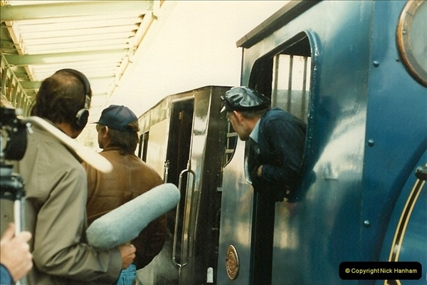 1987-09-30 Your Host driving a special film unitb train. This was the first passenger train to Quarr Farm Crossing.  (7)0515