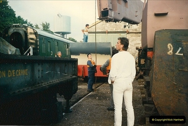 1988-07-07 80078 progress. Your Host helping out.  (15)0579