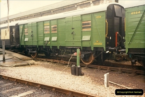 1989-03-20 SR Vans.  (1)0620