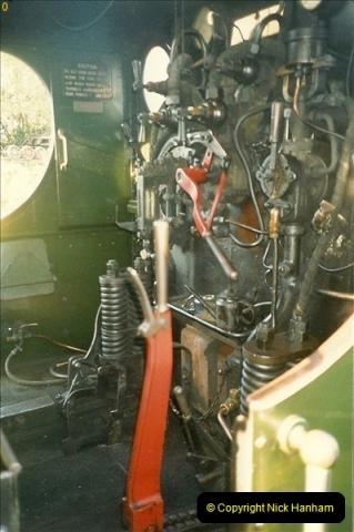 1989-04-08 Your Host acting as steam raiser on 7752.  (2)0623