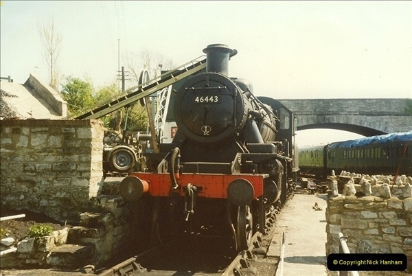 1989-04-28 Ivatt 46443 arrive at Swanage for the Summer Season.  (1)0625