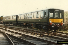 1985-03-12 The first DMU on the SR.  (1)0264
