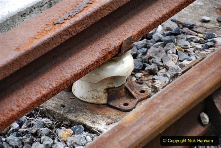 2020-07-11 SR runs it's first train since lockdown. (142) The SR goes third rail electric! 142