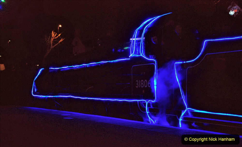 2020-12-04 Volunteer & Staff test train for Steam & Lights. (11) Swanage. 011