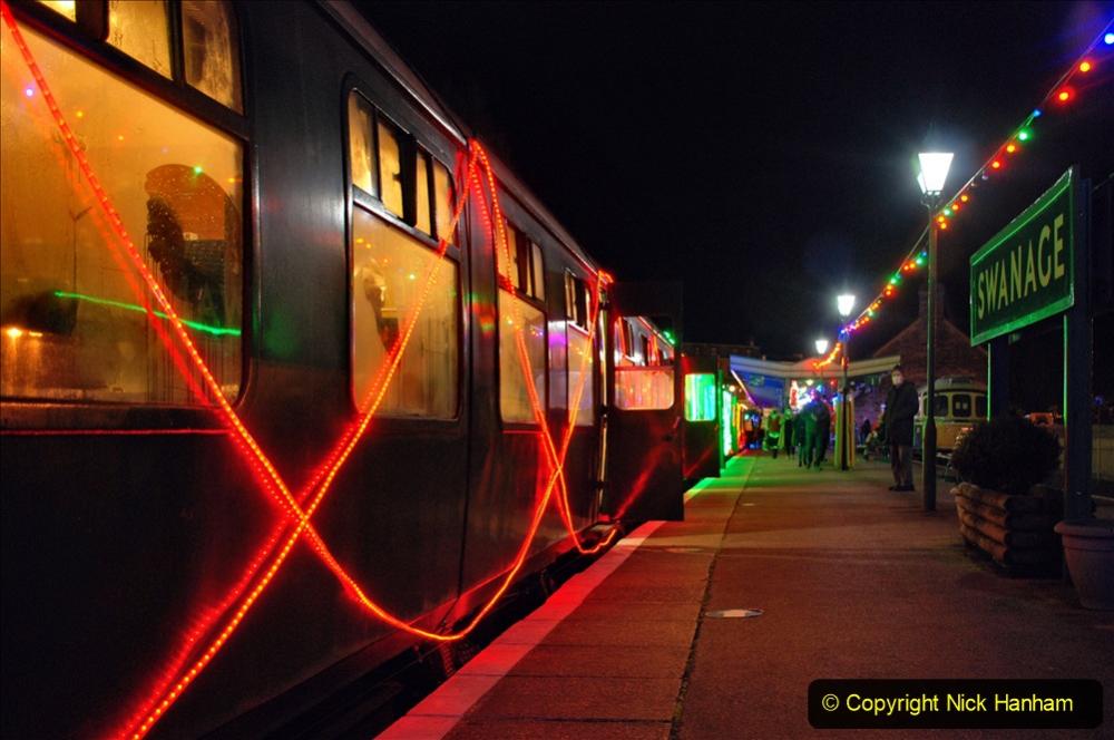 2020-12-04 Volunteer & Staff test train for Steam & Lights. (13) Swanage. 013
