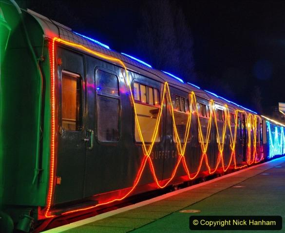 2020-12-04 Volunteer & Staff test train for Steam & Lights. (30) Swanage. 030