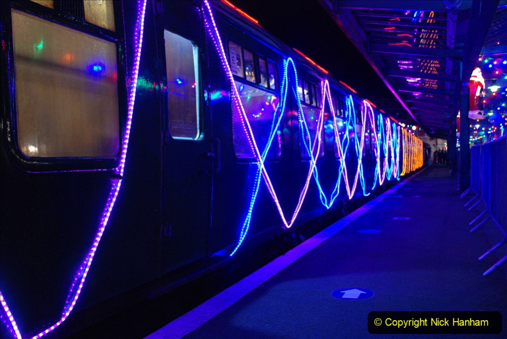 2020-12-04 Volunteer & Staff test train for Steam & Lights. (31) Swanage. 031