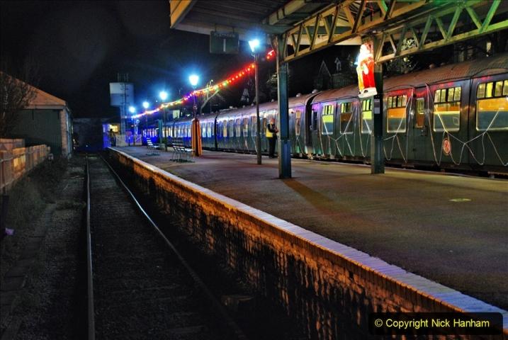 2020-12-04 Volunteer & Staff test train for Steam & Lights. (34) Swanage. 034