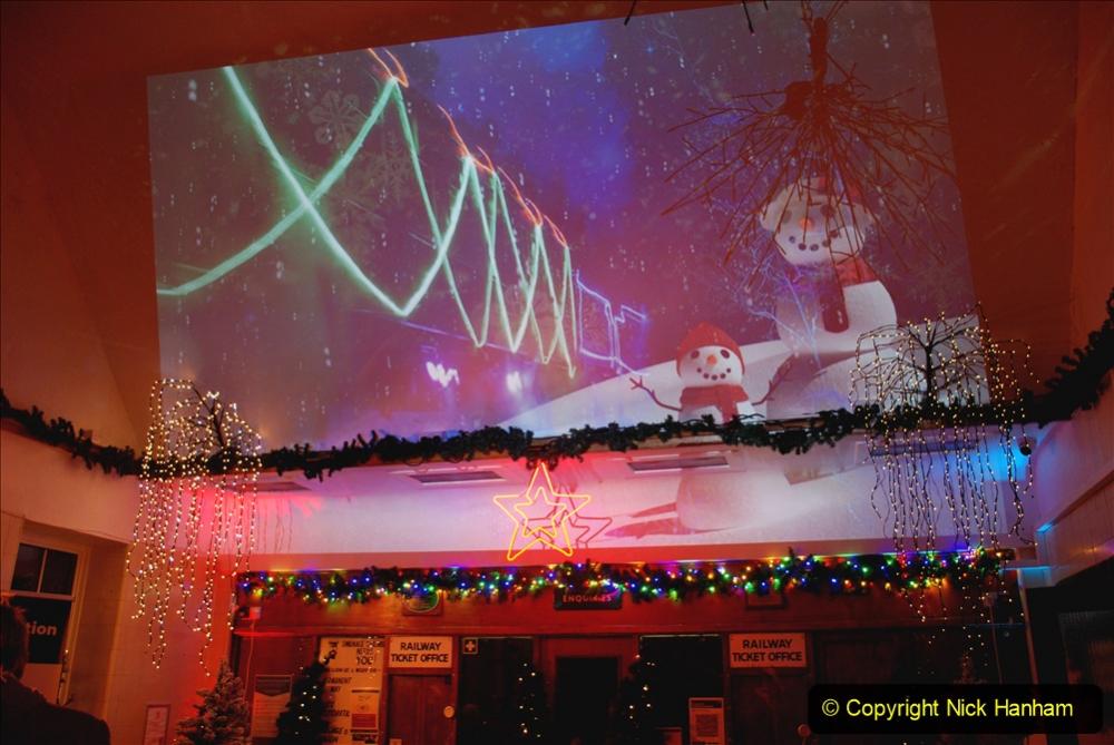 2020-12-04 Volunteer & Staff test train for Steam & Lights. (4) Swanage. 004
