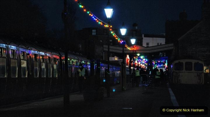 2020-12-12 SR Steam & Lights trackside. (17) Swanage. 067