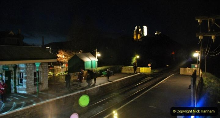 2020-12-12 SR Steam & Lights trackside. (33) Corfe Castle. 083