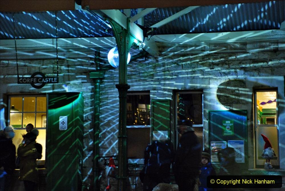 2020-12-12 SR Steam & Lights trackside. (36) Corfe Castle. 086