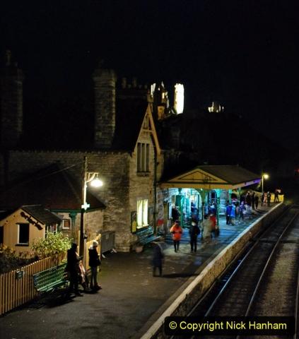 2020-12-12 SR Steam & Lights trackside. (39) Corfe Castle. 089