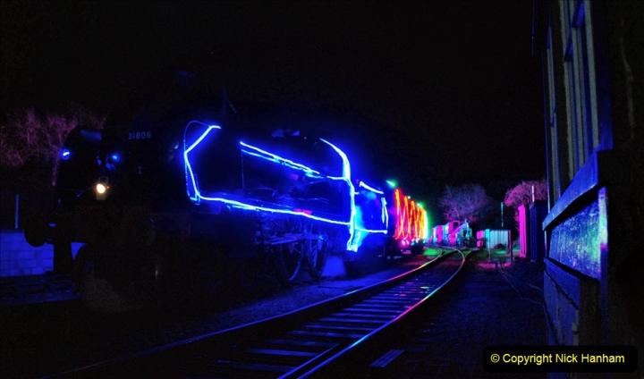 2020-12-12 SR Steam & Lights trackside. (51) Norden. 101