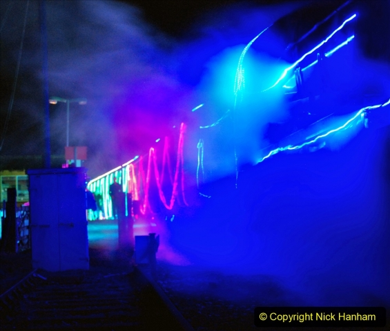 2020-12-12 SR Steam & Lights trackside. (57) Norden. 107