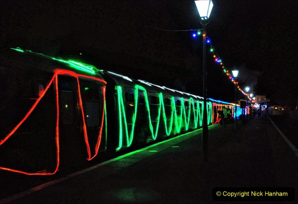 2020-12-12 SR Steam & Lights trackside. (73) Swanage. 123