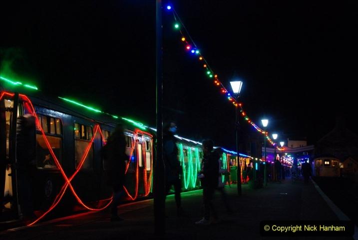 2020-12-12 SR Steam & Lights trackside. (75) Swanage. 125