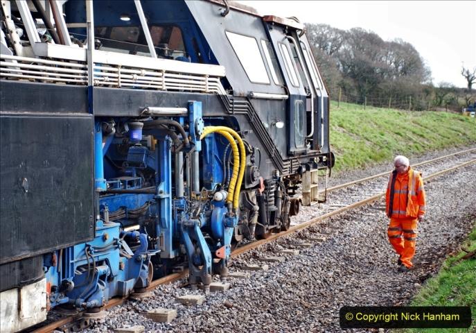 2020-02-06 Track renewal work & Tamper. (102) 102