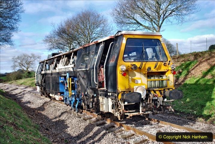 2020-02-06 Track renewal work & Tamper. (107) 107