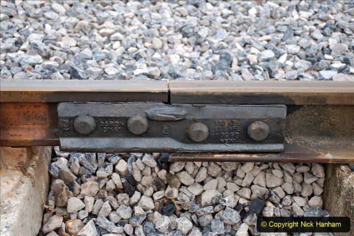 2020-02-06 Track renewal work & Tamper. (126) 126