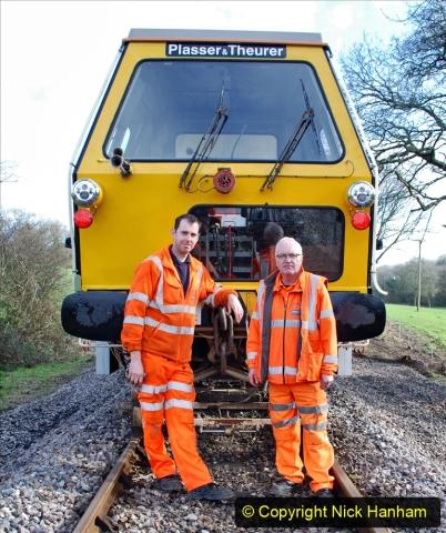 2020-02-06 Track renewal work & Tamper. (145) The Tamper Team. 145