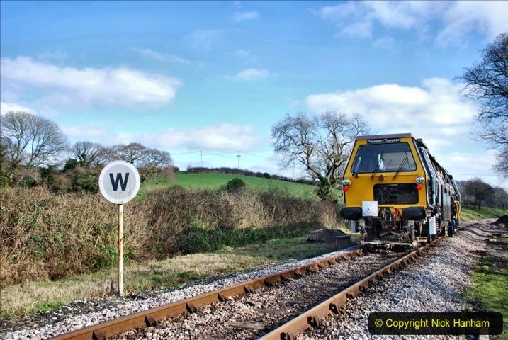 2020-02-06 Track renewal work & Tamper. (151) 151