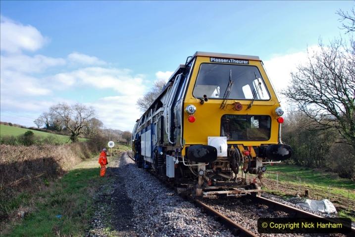 2020-02-06 Track renewal work & Tamper. (155) 155