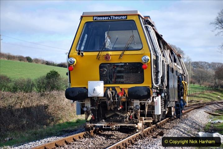 2020-02-06 Track renewal work & Tamper. (157) 157