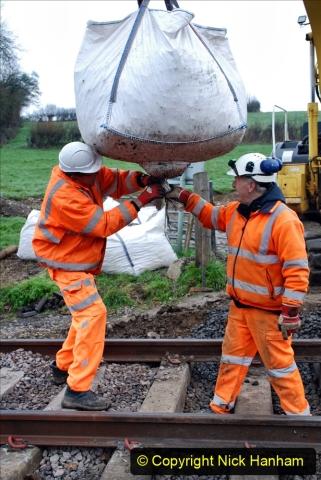 2020-02-06 Track renewal work & Tamper. (31) 031