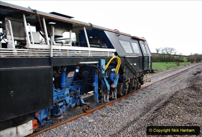2020-02-06 Track renewal work & Tamper. (54) 054