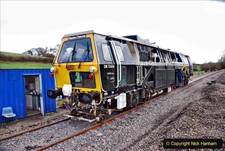 2020-02-06 Track renewal work & Tamper. (55) 055