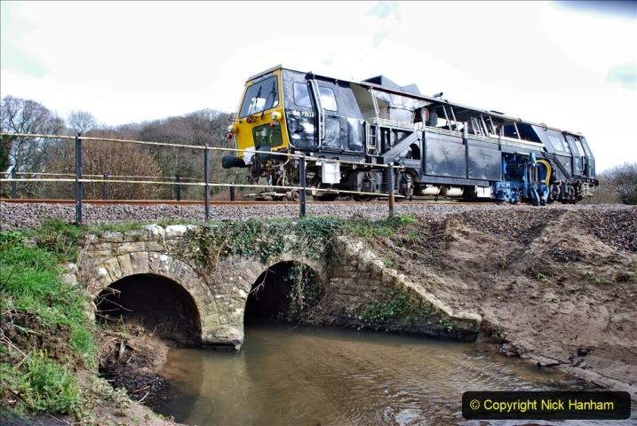 2020-02-06 Track renewal work & Tamper. (66) 066