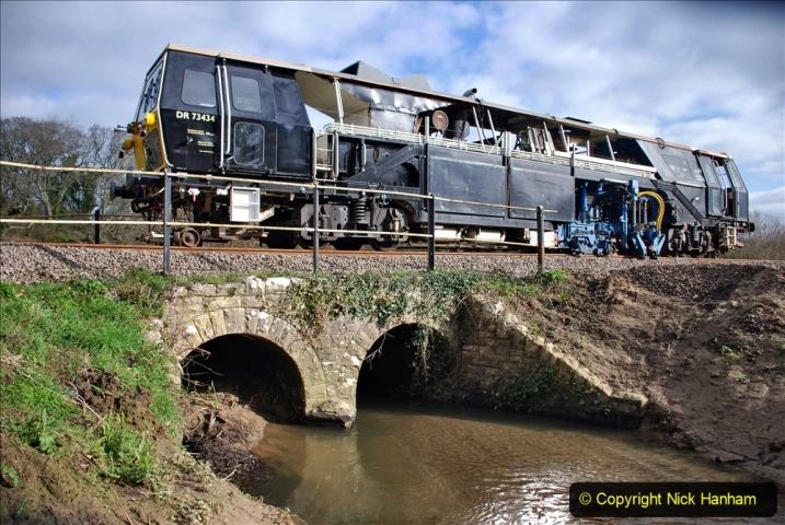 2020-02-06 Track renewal work & Tamper. (67) 067