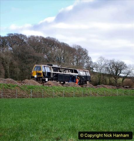 2020-02-06 Track renewal work & Tamper. (72) 072