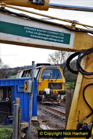 2020-02-06 Track renewal work & Tamper. (81) 081