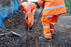 2020-02-06 Track renewal work & Tamper. (49) 049